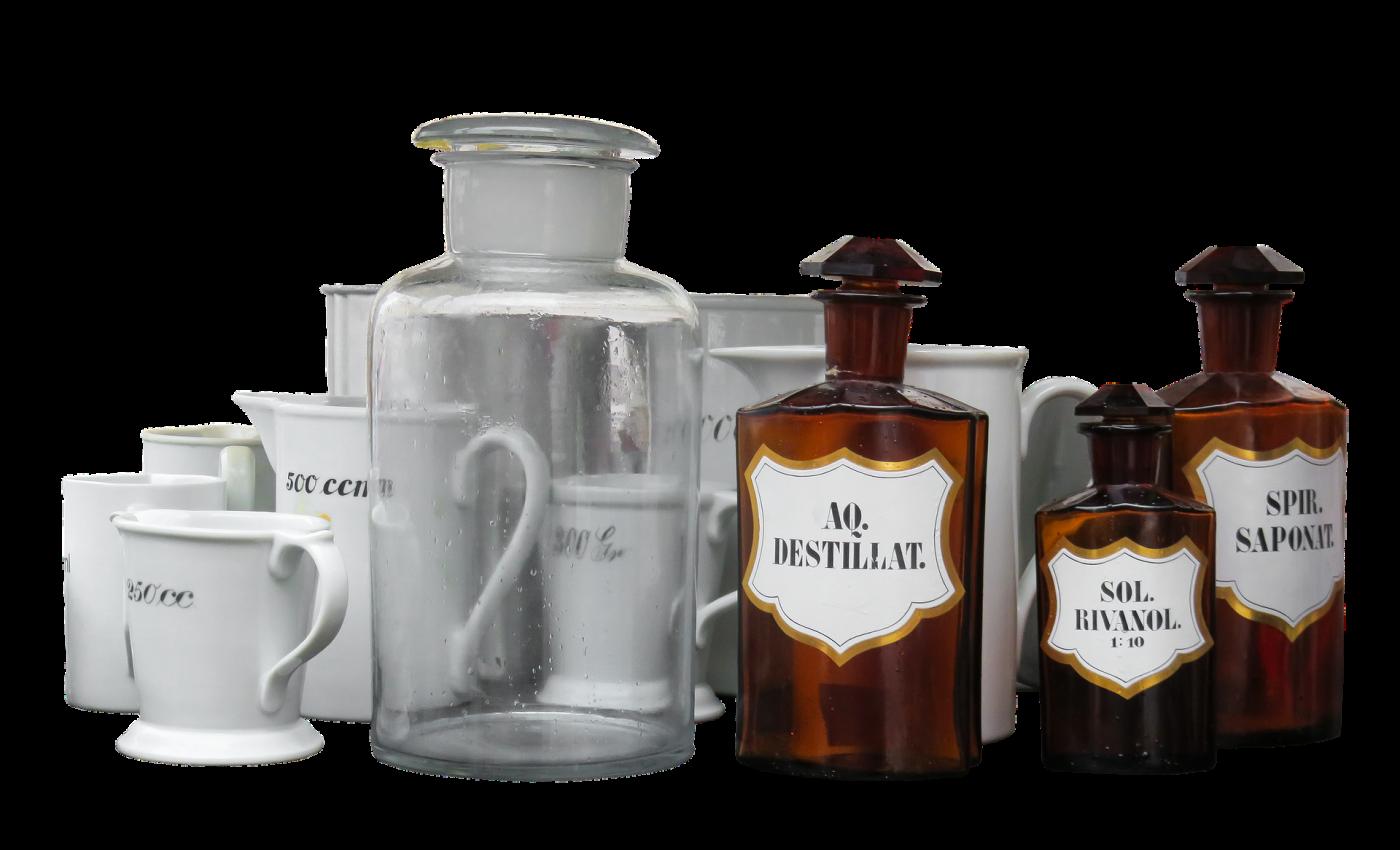 bebelusul inghite ceva otravitor- sfatulparintilor.ro - pixabay_com - pharmacy-3413039_1920