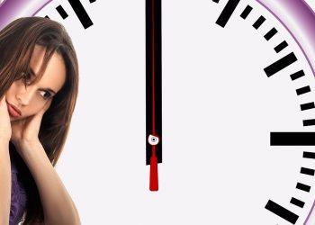 ciclu neregulat - sfatulparintilor.ro - pixabay_com - time-3306753_1920