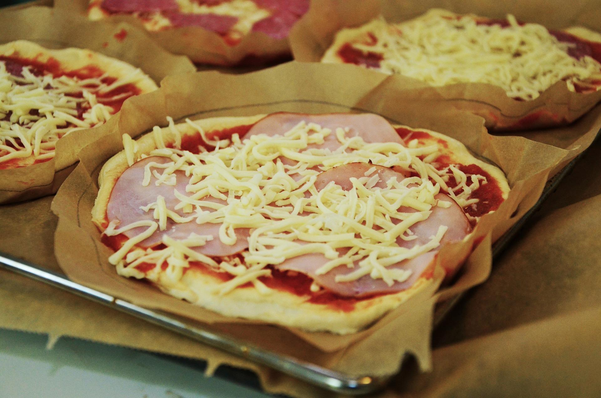 pizza acasa - sfatulparintilor.ro - pixabay_com