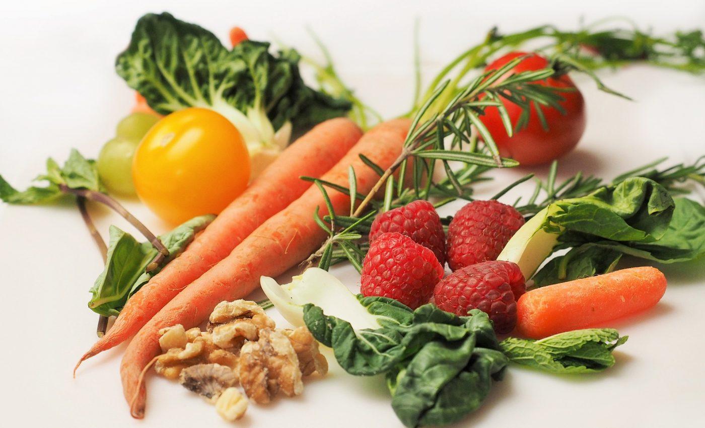 alimente cancer - sfatulparintilor.ro - pixabay_com - carrot-1085063_1920