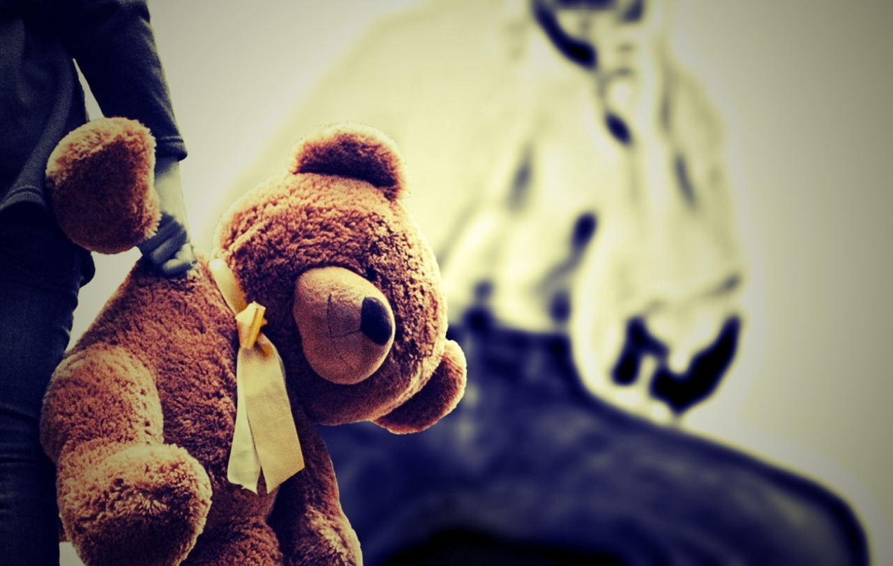 abuz sex copii - sfatulparintilor.ro - pixabay_com