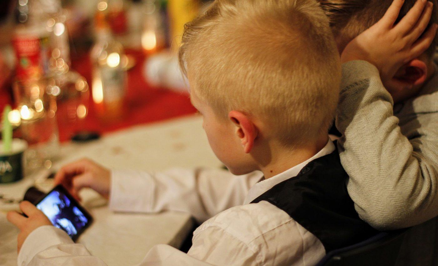 Influenta tehnologiei asupra copiilor