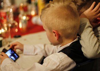 efecte negative ale tehnologiei asupra copiilor