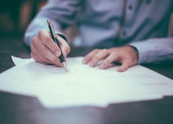 job workaholic - sfatulparintilor.ro - pixabay_com