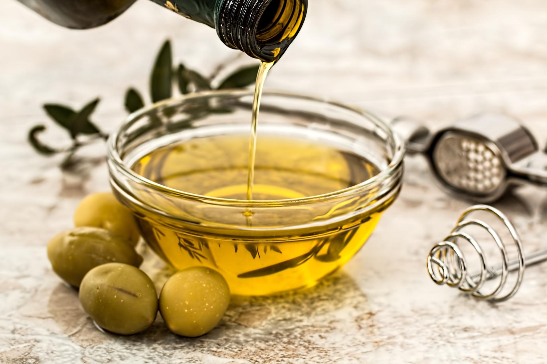 ulei de masline - sfatulparintilor.ro - pixabay_com