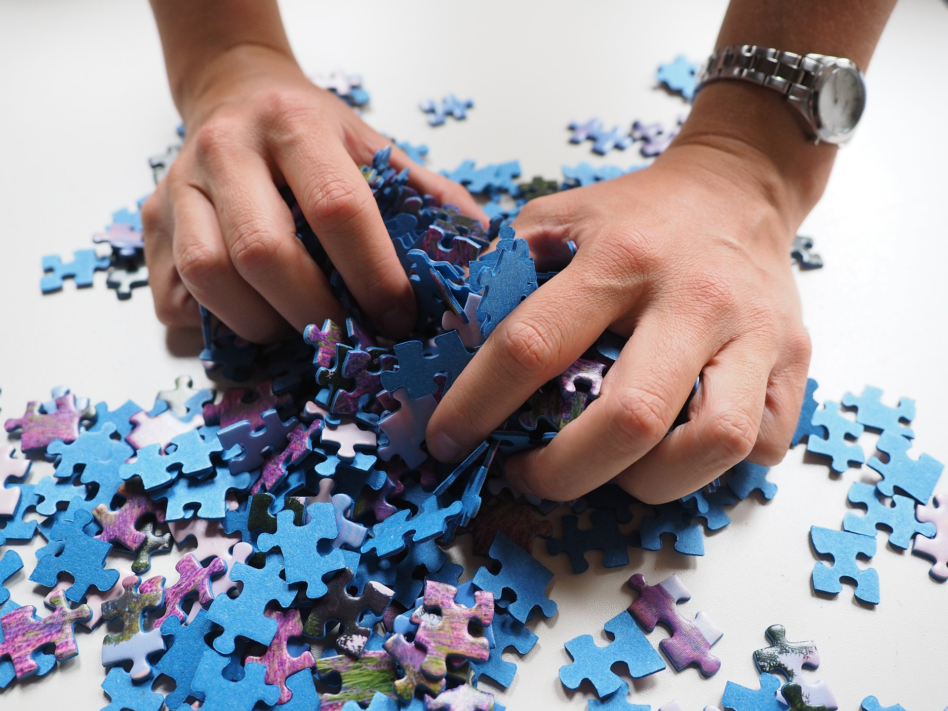 puzzle vieti anterioare - sfatulparintilor.ro - pixabay_com