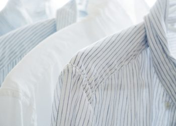 Cum sa previi ingalbenirea hainelor