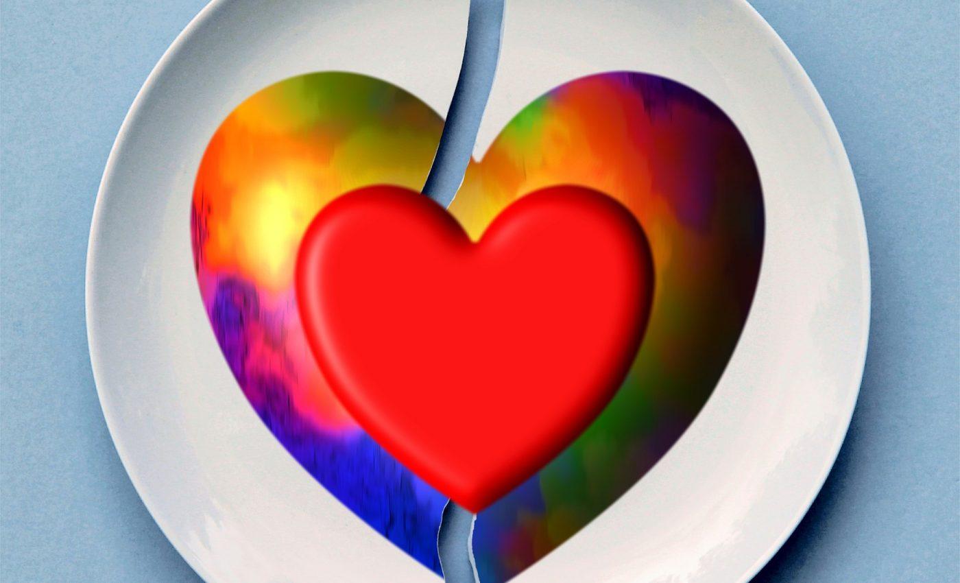 mituri despre infidelitate - sfatulparintilor.ro - pixabay_com - broken-1739130_1920