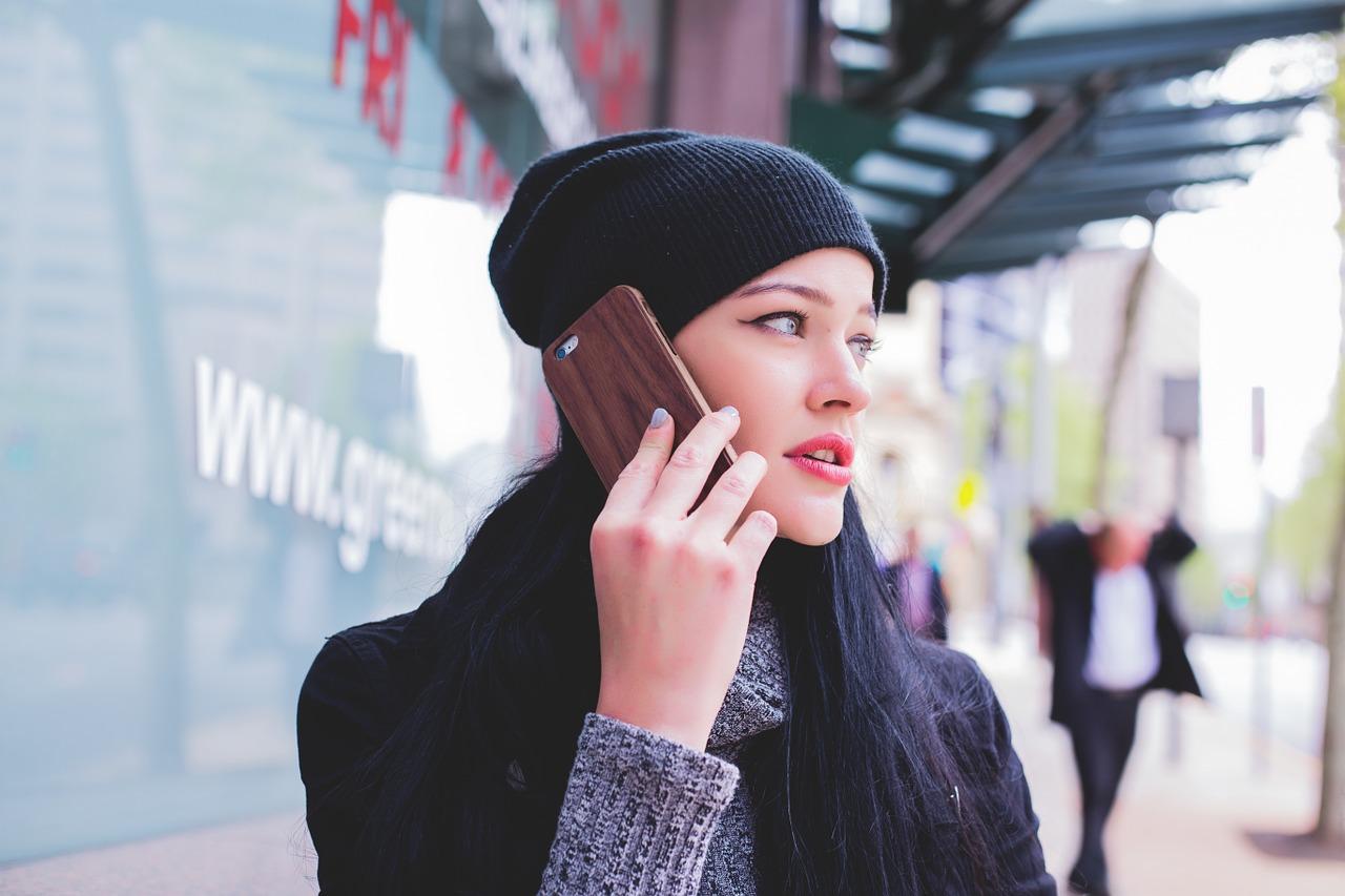 telefon mobil - sfatulparintilor.ro - pixabay_com