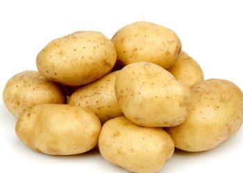 fata-a-scris-un-mesaj-pe-cartof-840x500
