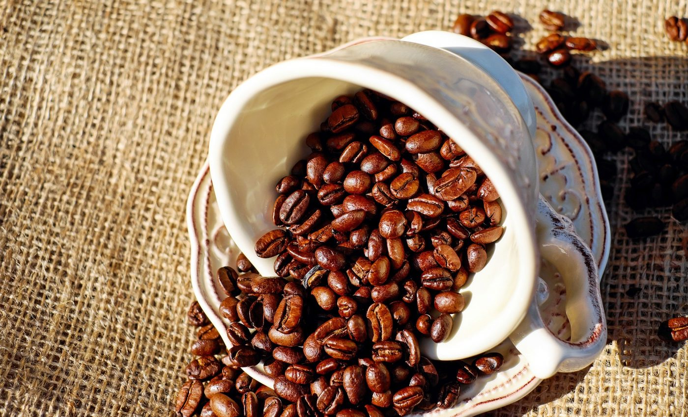cafeaua perfecta - sfatulparintilor.ro - pixabay-com - coffee-1576537_1920