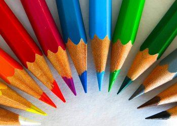 Ce spune culoarea preferata despre tine- sfatulparintilor.ro - pixabay_com - colour-pencils-450621_1920