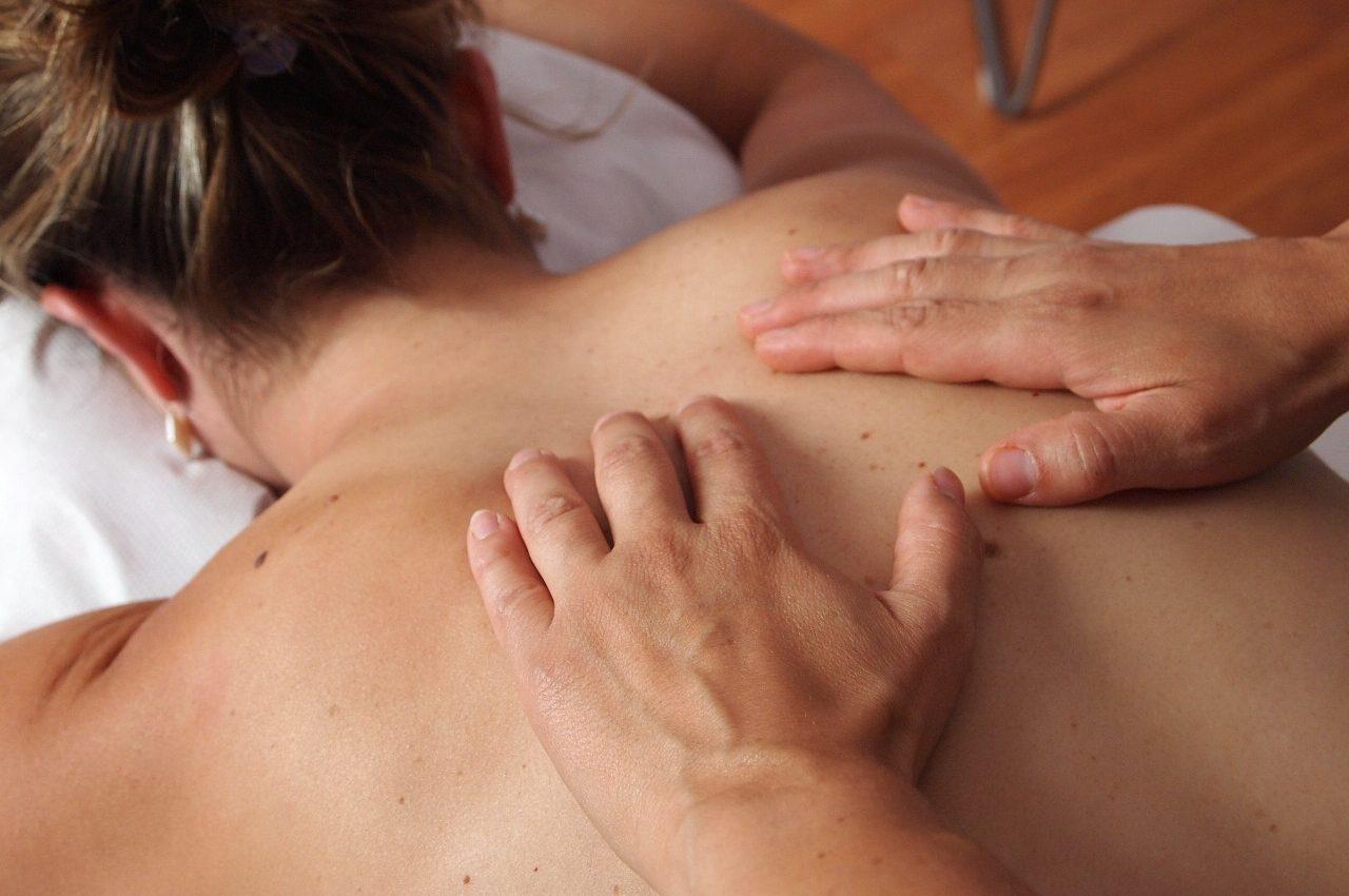 masaj - sfatulparintilor.ro - pixabay_com