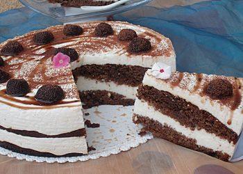 Retete de Revelion Tort cu crema fina de branzica si trufe de ciocolata