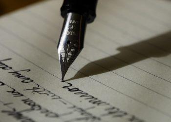 Scrisoarea unui tata catre fiul sau - sfatulparintilor.ro - pixabay_com - writing-1209121_1920