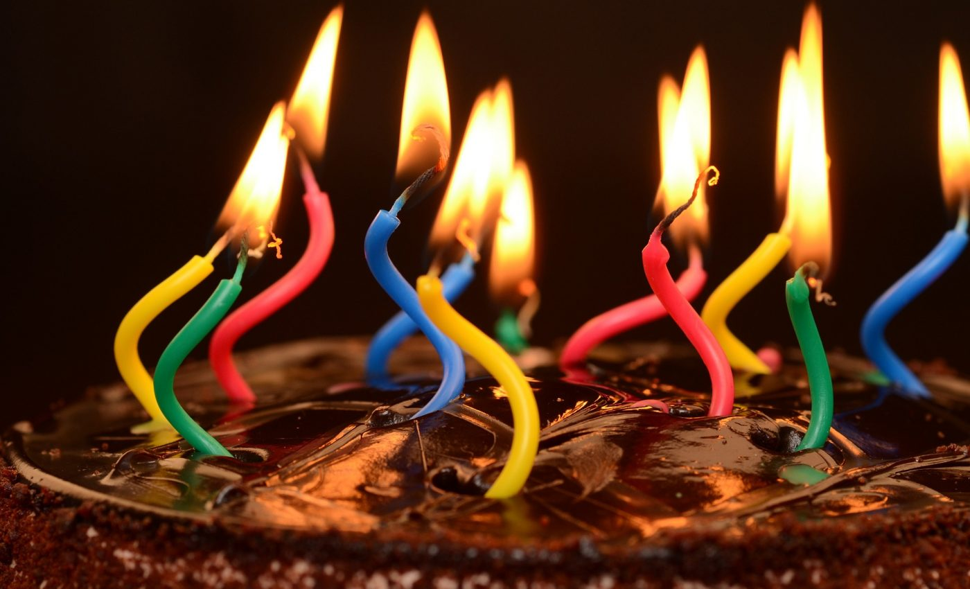 aniversare ani -sfatulparintilor.ro - pixabay_com
