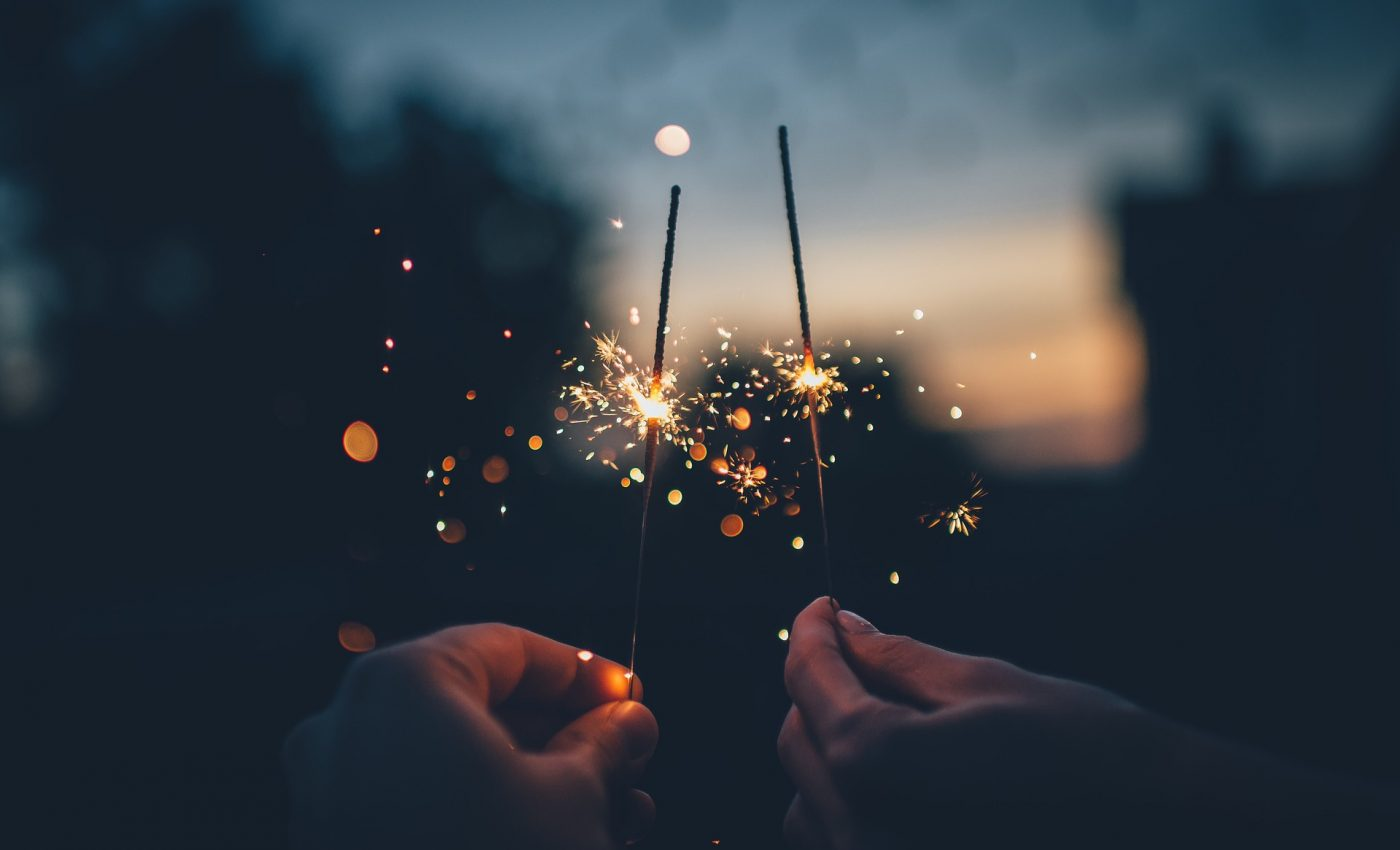 poveste de anul nou - sfatulparintilor.ro - pixabay_com - dark-1845065_1920