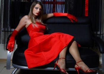 problemesex-sexy-rosu-stockfreeimages_com