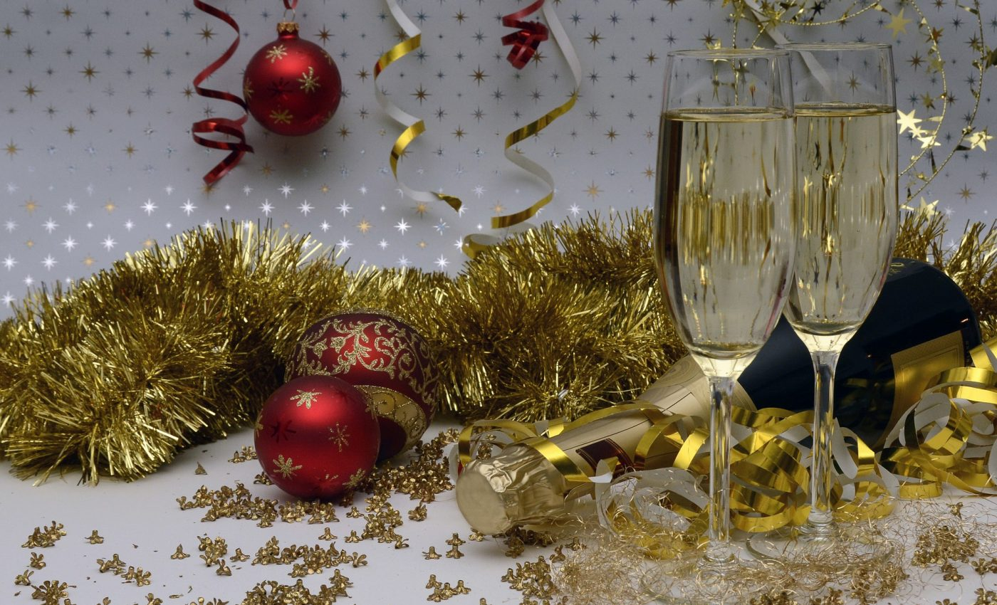 revelion petrecere curatenie - sfatulparintilor.ro - pixabay_com