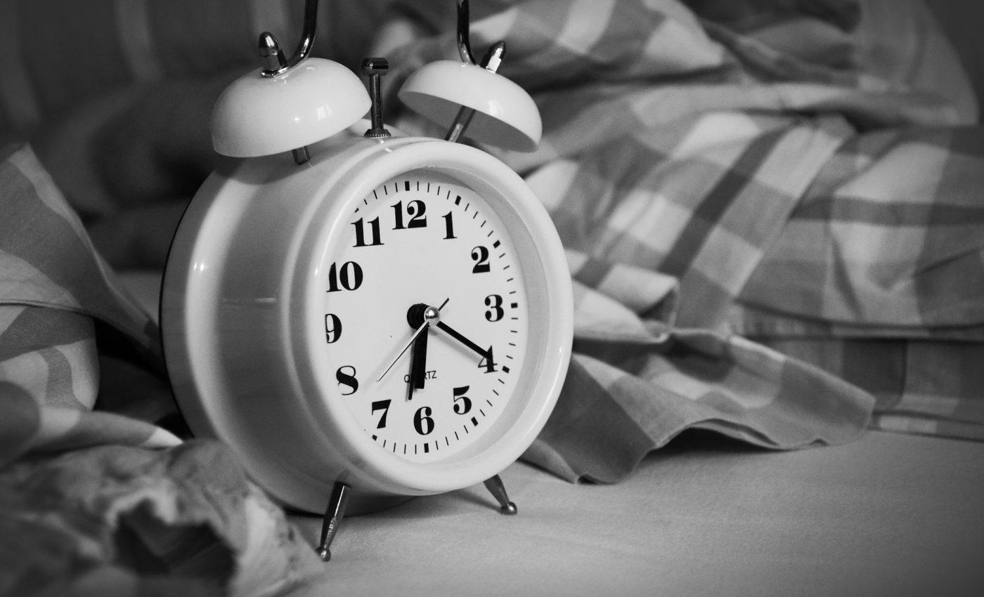 trezire - ceas - sfatulparintilor.ro -pixabay_com