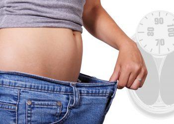 abdomen plat - sfatulparintilor.ro- pixabay_com -lose-weight-1968908_1920
