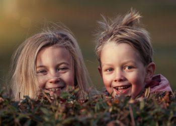 copii incapatanati educatie- sfatulparintilor.ro- pixabay_com