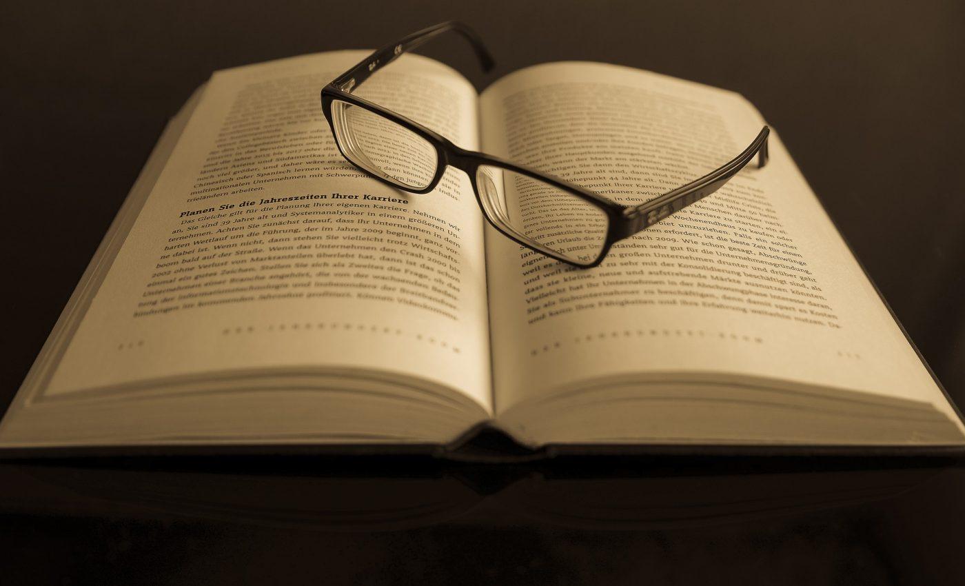 inteligenta carte zodie - sfatulparintilor.ro- pixabay_com