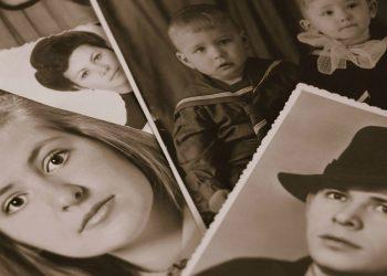 copii parinti - sfatulparintilor.ro - pixabay_com - retro-1483781_1920