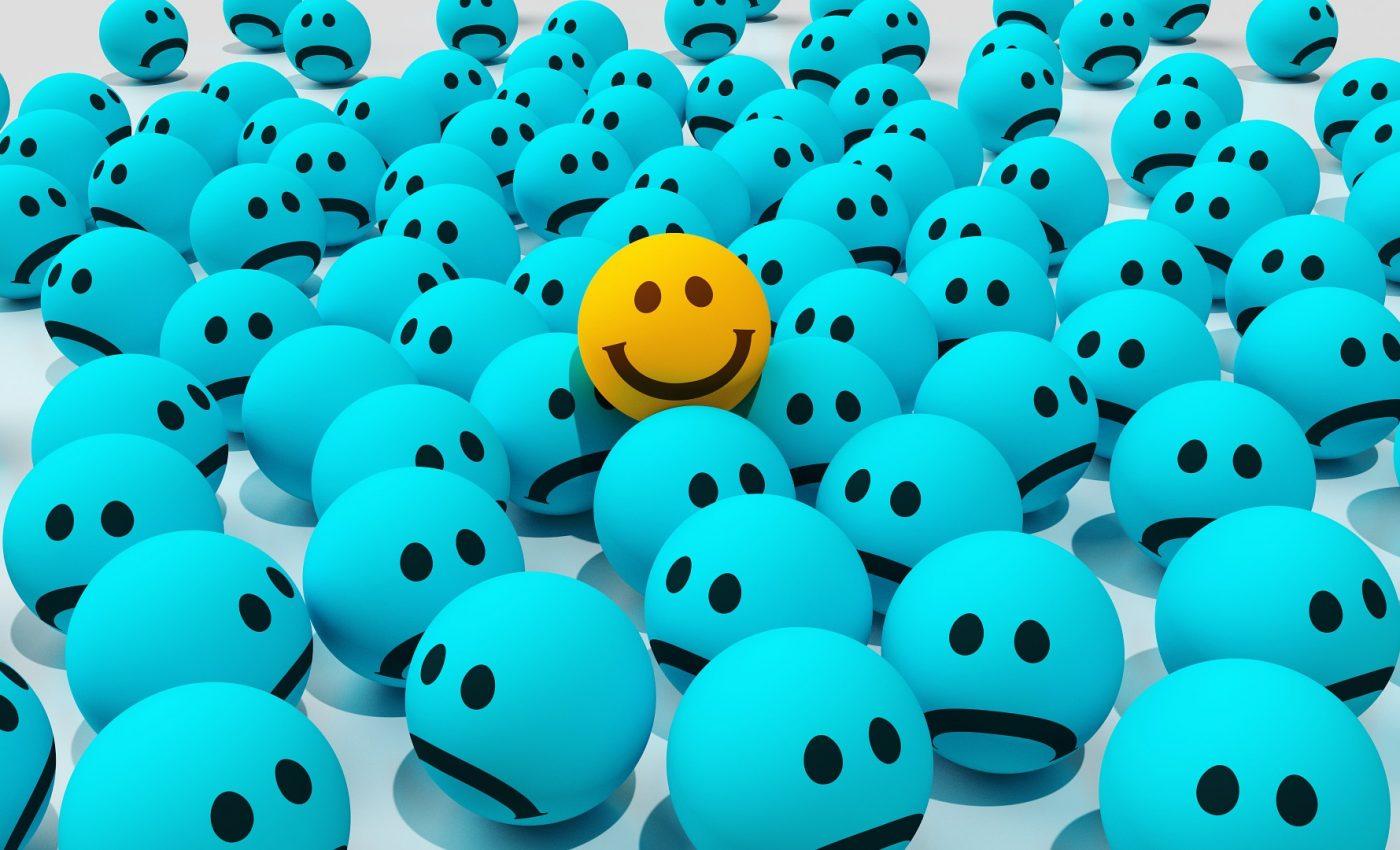 optimist - fericit - pozitiv - sfatulparintilor.ro - pixabay_com - smiley-1041796_1920