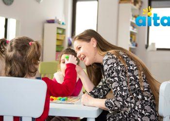 In zilele noastre, autismul este o provocare careia din ce in ce mai multi parinti trebuie sa ii faca fata. Tulburarea are o gama variata de simptome care pot fi identificate inca din jurul varstei de 6-8 luni.