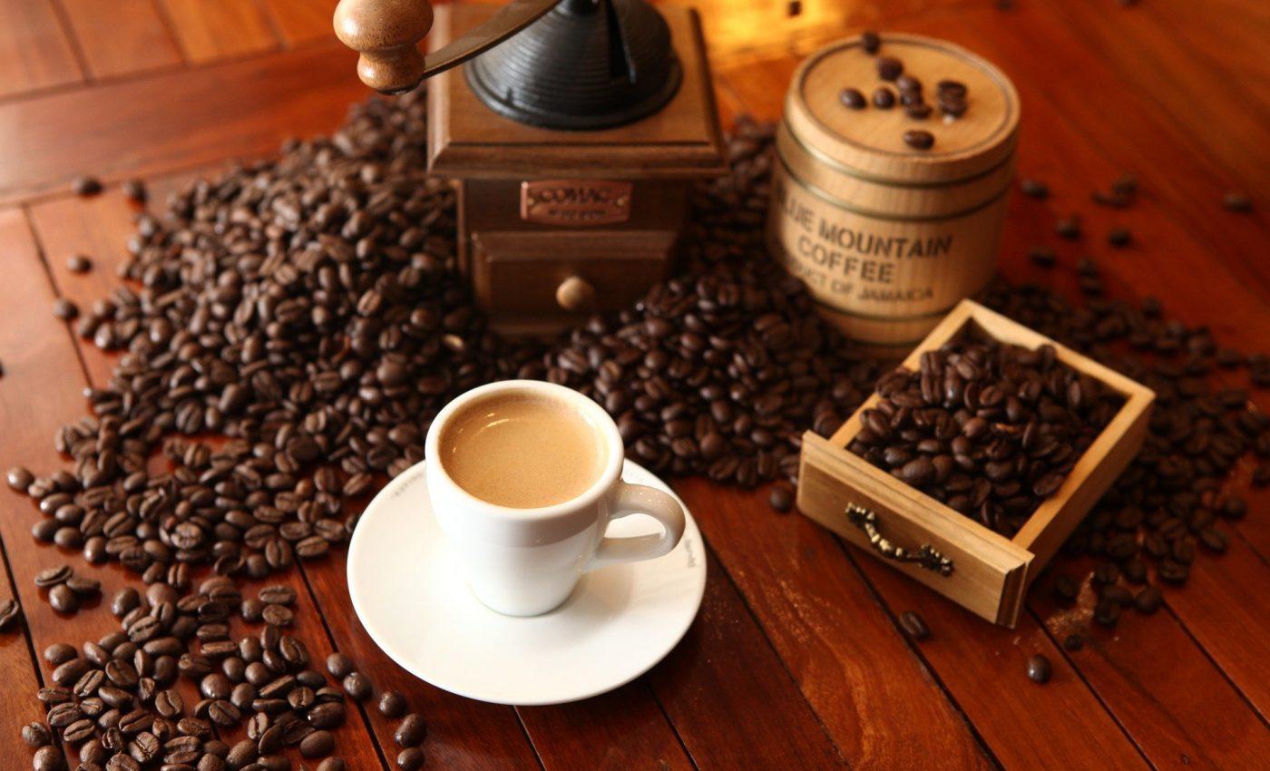 Cum sa-ti faci cafeaua sanatoasa - sfatulparintilor.ro - pixabay_com - cafe-1618628_1920