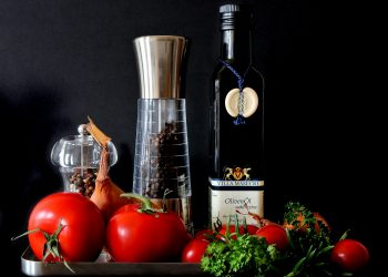 alimente vitamine - sfatulparintilor.ro - pixabay_com - mediterranean-346997