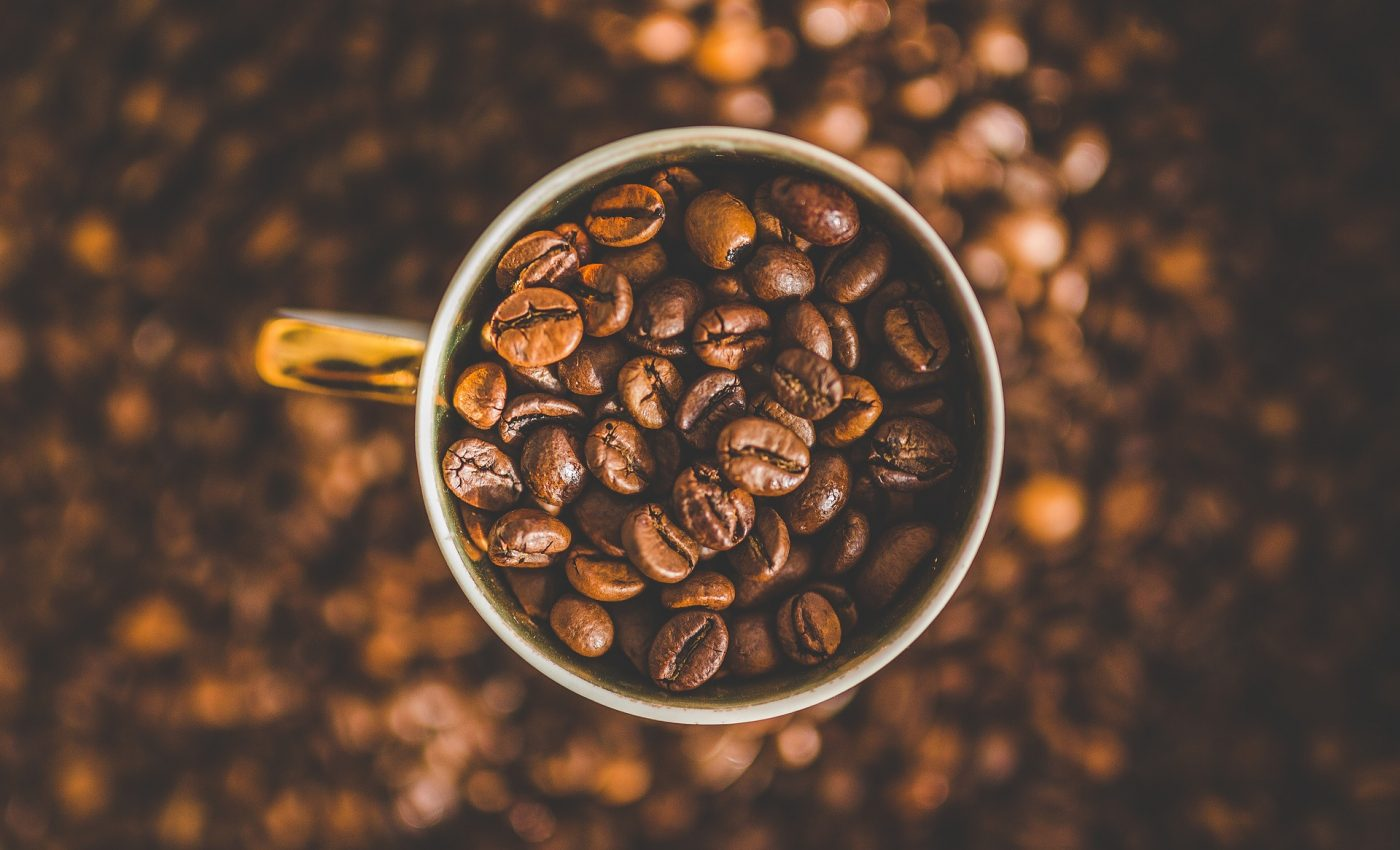 cafea - sfatulparintilor.ro - pixabay_com - caffeine-1850629_1920
