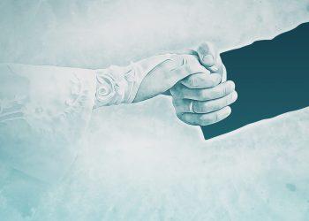 casnicie - sfatulparintilor.ro - pixabay_com - bride-2153886_1920