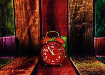 schimbare - sfatulparintilor.ro - pixabay_com - the-eleventh-hour-2095849_1920
