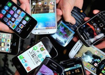 Cele-mai-vândute-telefoane-smart-sub-500-lei-702x336