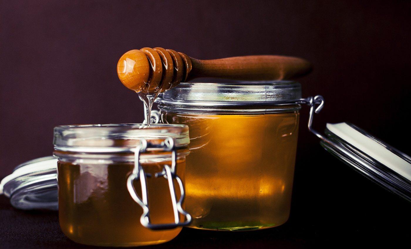 Cum te poate vindeca mierea