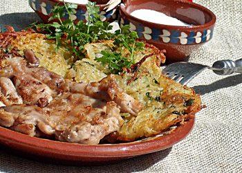 Gratar de pui cu cartofi aromati cu nucsoara