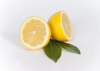lamaie - sfatulparintilor.ro - pixabay-com - sliced-lemon-667554_1920