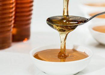 miere - sfatulparintilor.ro - pixabay_com - honey-1006972_1920