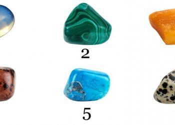 Alege o piatra