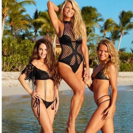Christie Brinkley 5 - fb