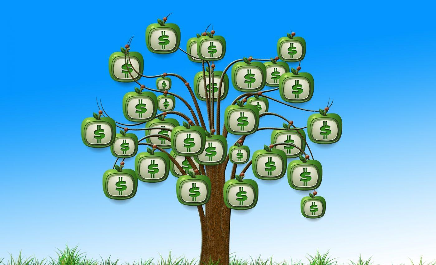 ce inseamna cand visezi bani - sfatulparintilor.ro - pixabay-com - apple-589640_1920