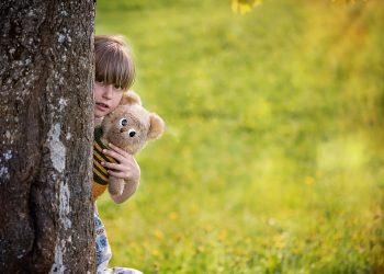 copii autism - sfatulparintilor.ro - pixabay - child-830725