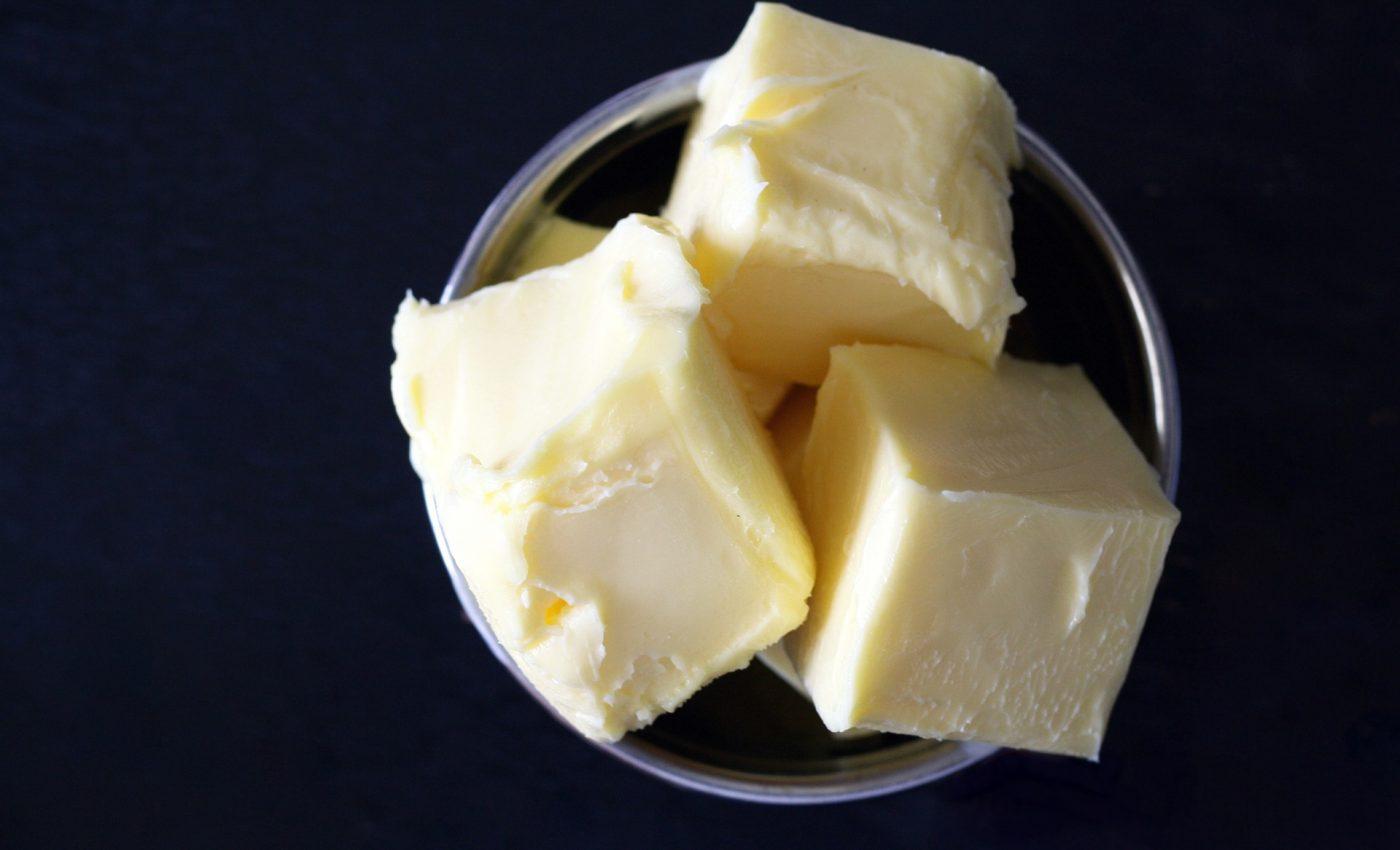 mituri arsuri - unt - sfatulparintilor.ro - pixabay_com - butter-1449453_1920