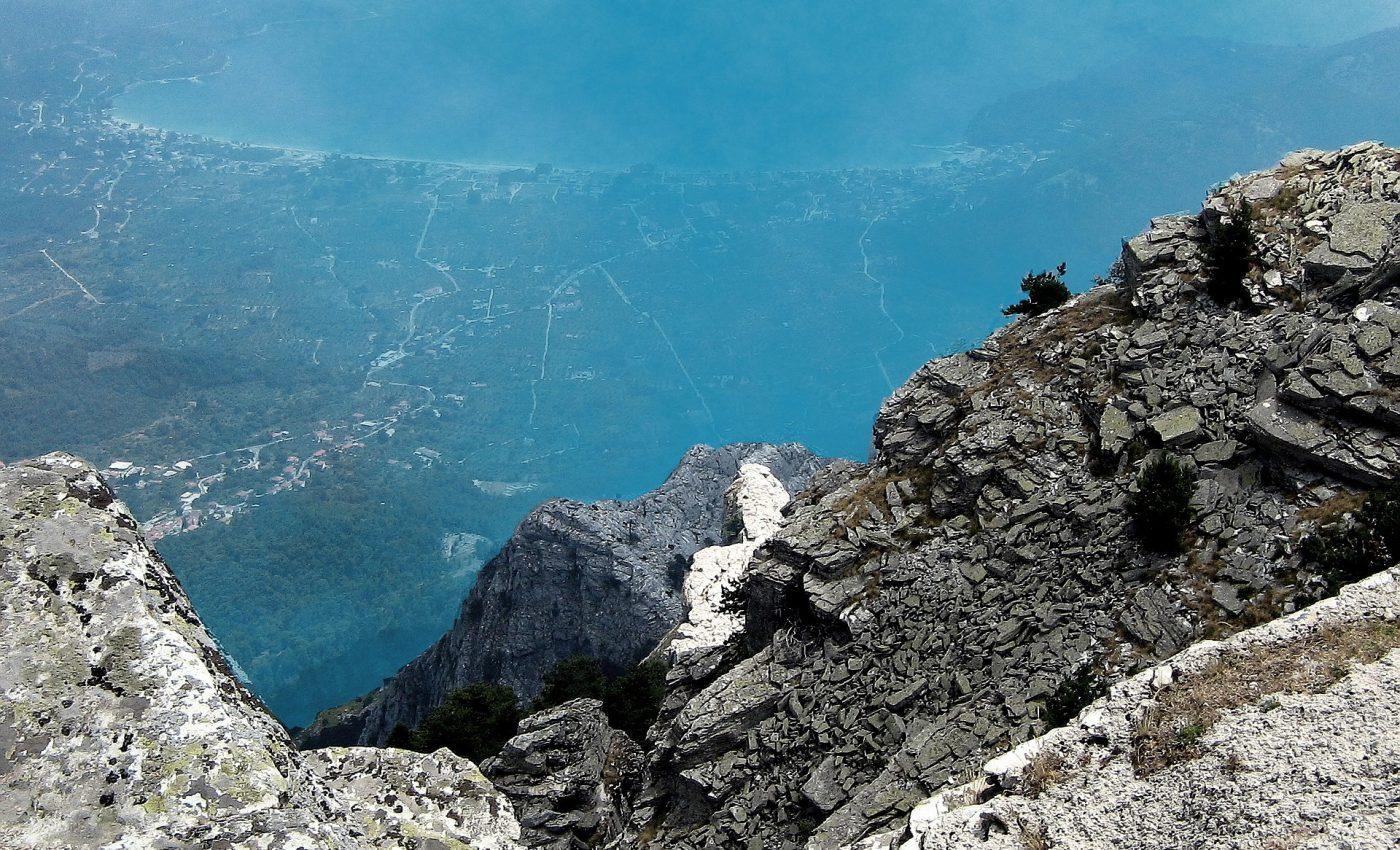 insula thassos grecia - sfatulparintilor.ro - pixabay_com - the-peak-of-ipsarion-2463311_1920