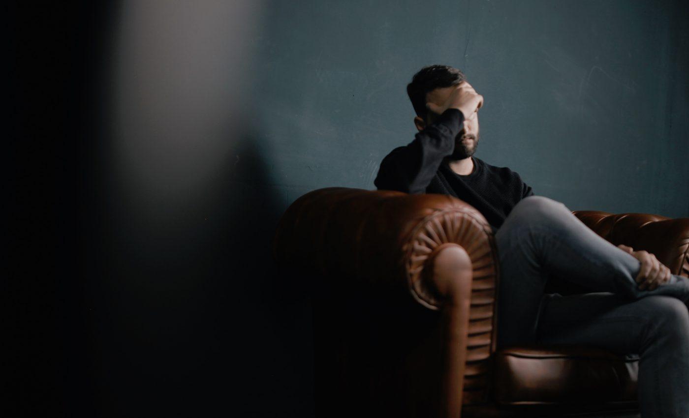 dureri de cap - sfatulparintilor.ro - pixabay-com - people-2568886
