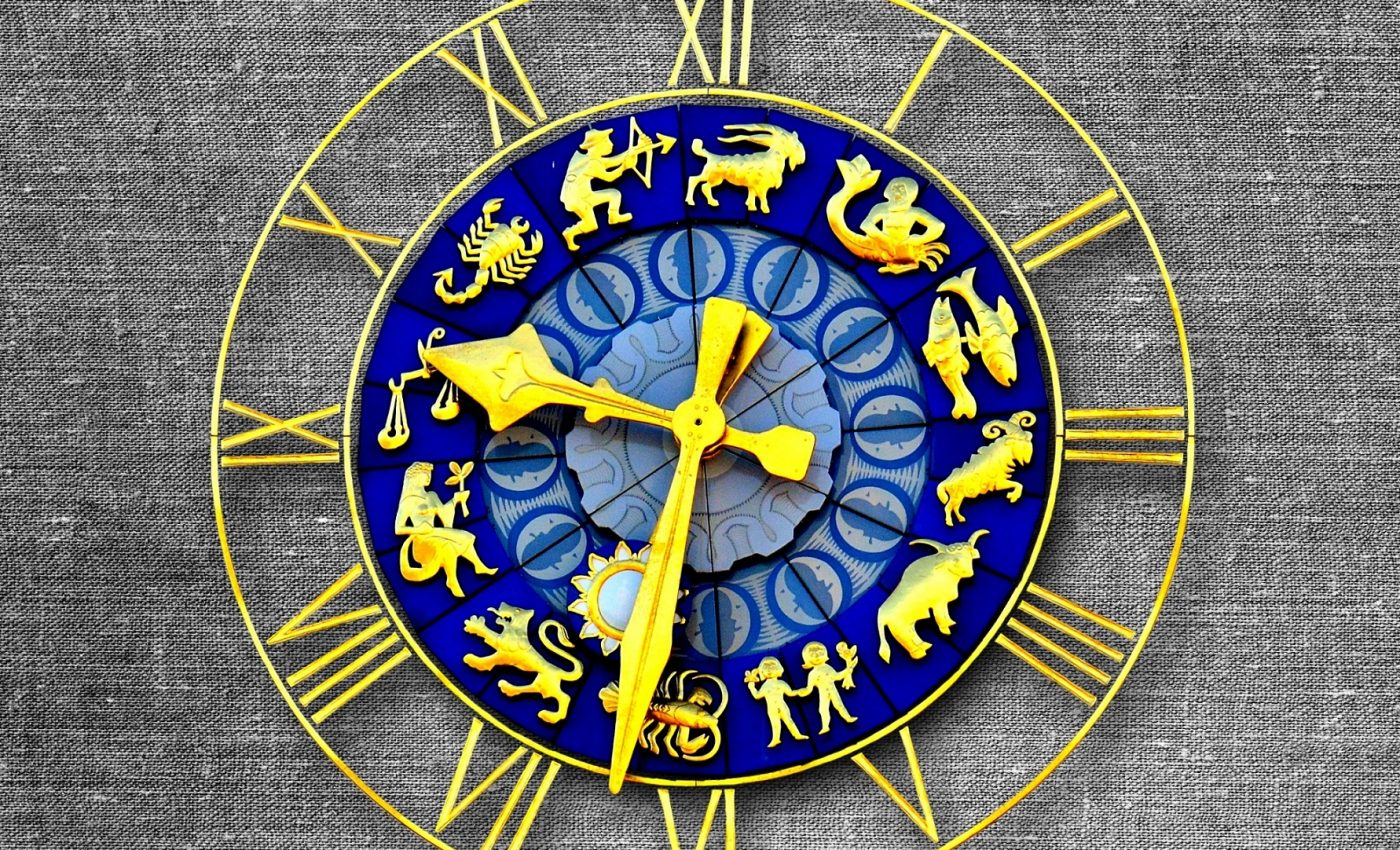Horoscop Astrocafe.ro - sfatulparintilor.ro - pixabay_com - clock-2530328