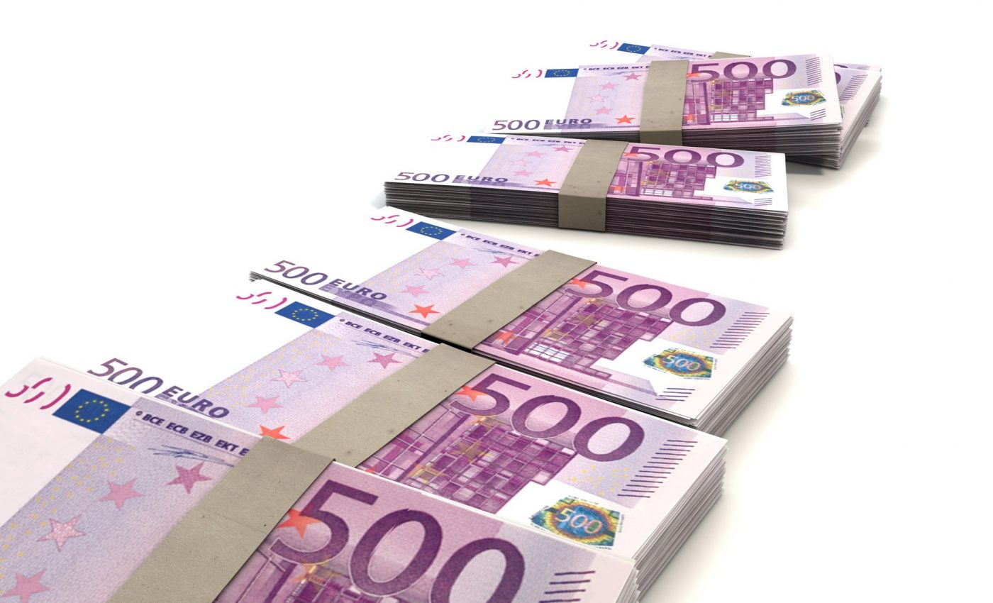 zodie bani - sfatulparinilto.ro - pixabay_com 0 euro-163475