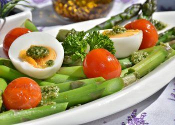 alimente - cura de slabire - sfatulparintilor.ro - pixabay_com - asparagus-1307604_1920